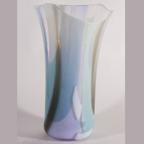 Lora 4, glass by Hazel Mclennan